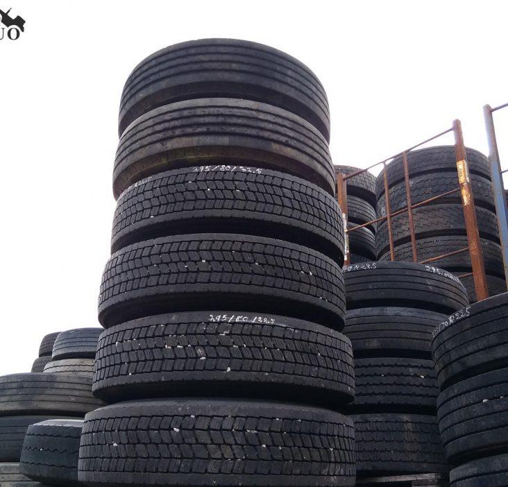 Sunkvežimių padangos