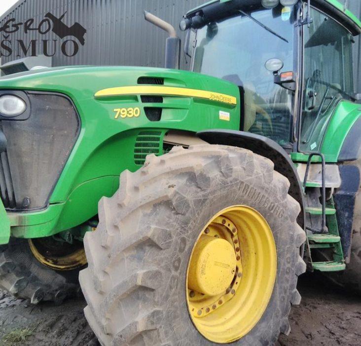 geros būklės traktorius John Deere 7930