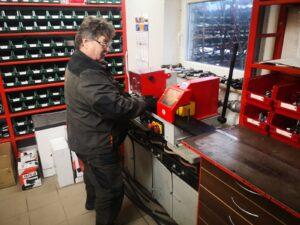 Aukšto slėgio hidraulinių žarnų gamyba ir remontas